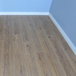 Clearance: Chelsea Extra - Feature Oak