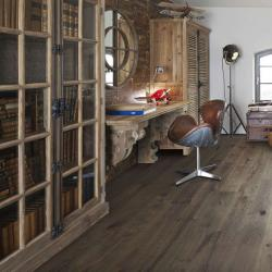 Oak Antique Distressed Brushed & Lacquered